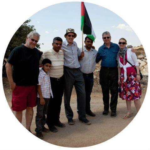 cat-in-palestine-circle